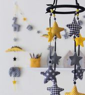Mobiel sterren zwart – geel-grijs MS-06 – KiddyColors