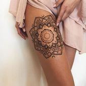 tatouage sur la cuisse, mandala, motifs féminins, tatouage de jambe pour femme   – tattoos