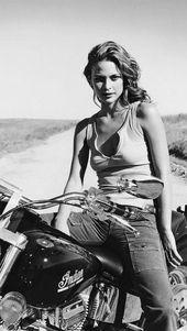 Biker Chicks Archives – Seite 11 von 70 – Ride Free. Lebe frei   – awesome biker beauty