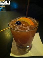 Tamarind Whiskey Sour aus der Whiskey Soda Lounge in Portland. Deelicious.   – Coffee, Drinks & Libations