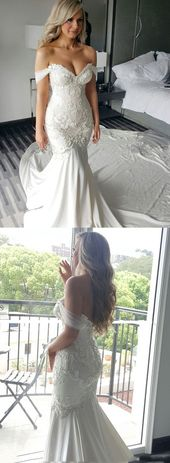 Mermaid Off-the-Shoulder Court Train Wedding Dress with Lace Appliques Pearls M4300