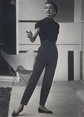 Damen 1950er Hosen: Cigarette Capri Jeans Modegeschichte    fashion showcase: