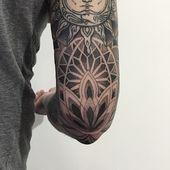 IG: sashatattooing  Sasha Masiuk Tattooer. St.Petersburg, Russia. Booking is clo… – well done Tattoos