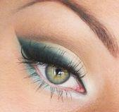 Augen Make-up für blaue Augen Braunes Haar Faire Haut und Augen Make-up Augenuntersuchung unter …   – Makeup Tutorial Eyeliner