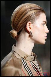 17 Voguish Slik Low Bun Frisuren für Ihre frischen, stilvollen Looks annehmen 17 Voguish Slik Low Bun Frisuren für Ihre frischen, stilvollen Looks annehmen Popu ...