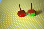 Karamell Apfel Ohrringe – Mini Karamell Apfel Ohrringe, Apfel Ohrstecker, Candy Apfel …   – Products