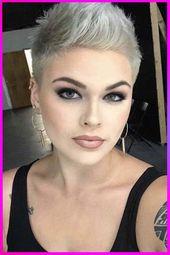 Trendy Short Pixie Frisuren und Schnitte Inspiration für Frauen mit rundem Gesicht im Jahr 2020