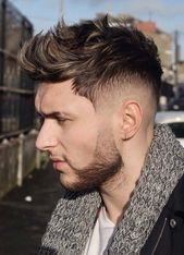 Rockabilly Frisur Fur Den Mann Mit Rocker Stil Und Klassische Haarmode Den Frisur Fur H 2020