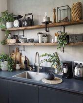 Küchenregale aus Holz offene Küche