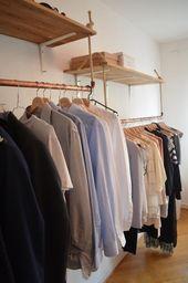 DIY-Regal und DIY-Kleiderstangen zur besseren Aufbewahrung und Organisation. #DI