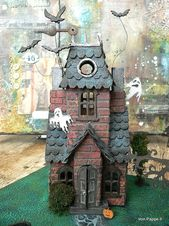 Von Pappe II: Haunted Manor (creado con los dados de Tim Holtz Sizzix)