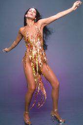 Cher, Tina Turner, Beyoncé… Qui porte le mieux la gown flamme Bob Mackie ?