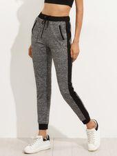 59c9a688850dd Nike Sportswear Birdseye Pantalon De Deporte White Black El Mundo De Los  Pantalones De Mujer Está Lleno De Sorpresas El mundo de los pantalones…