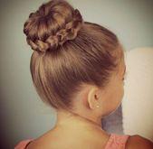 15 coole Frisuren für Mädchen, die Sie versuchen sollten