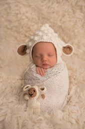 Crochet Newborn Lamb Bonnet ( for girl or boy)/ Photo prop/ Newborn bonnet/ Lamb bonnet/ Baby shower gift / Easter gift