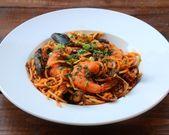 Spaghetti aux fruits de mer {Nouilles aux fruits de mer}   – Seafood Pasta