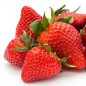 Pin By Celest Marlor On Gardening In 2020 Strawberry Fertilizer Hydroponic Strawberries Strawberry Varieties