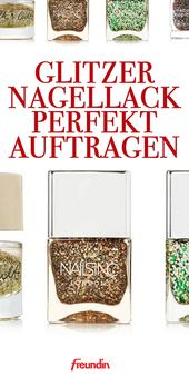 Perfectly apply glitter nail polish and remove it easily