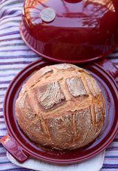 Herbst-Backrezept: Rustikales Weißbrot aus einer Brotglocke – Rezepte aus …   – Cloche baking