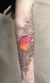 Kannst du erkennen, ob es sich um Stoff oder Haut handelt? Diese farbenfrohen Ärmel-Tattoos w… – Like