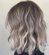Cheveux : 20 nuances de gris qui vous feront envie