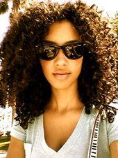 Lockige haare. #curly #curlyhair #curlyhairstyles #hair #hairstyles