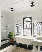 Gorgeous Black And White Subway Tiles Bathroom Des…