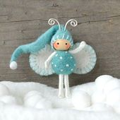 Elf Bendy Puppe in blau und weiß