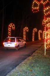 Dazzling Holiday Light Displays to Visit in All 50 States ...