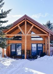 A Day in The Life Living in a Log Cabin | Life in …