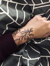 Handgelenk-Tattoos mit Sinn, Handgelenk-Tattoos für Frauen, kleine Handgelenk-Tattoos, … #Frauen #für #HandgelenkTattoos #kleine #mit