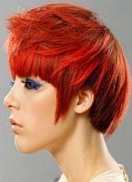 süße rote kurze Frisur, von der Seite schauen –  – #Kurzhaarfrisuren