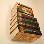 Hier erfahren Sie, wie Sie Ihre eigenen unsichtbaren Bücherregale so gestalten, dass sie in Ihrem Zuhause schweben