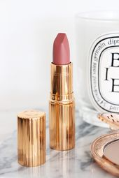 Charlotte Tilbury Matte Revolution Lipstick in Pillow Discuss | Overview & Swatches
