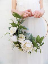 Braut Blumen Hoop Creme Kranz Blumenkranz Pfingstrose Hoop Alternative Bouquet Brautstrauß Brautjungfer moderne Kranz Farn Hoop Blumenring