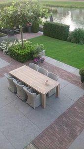Schönes # diningset #in #a #beautiful # angelegten # Garten.    – Terrasse