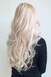 Weißes blondes Haar ist der Traum vieler Frauen, die das Alter missachten. Und es ist kein Wunder, warum nur ein Blick auf diese atemberaubenden Blondinen macht y ...