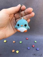 Crochet penguin keychain- amigurumi, penguin keychain, crochet keychain, cute keychain, gift ideas, kawaii, phone cordny