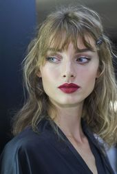 93117947b3b0b15171d0bf01e5d9d58f - Dolce_Gabbana_women_s_fashion_show_SS17_