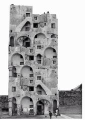 Collage von Luca Galofaro aus einem Foto des Paolo Monti House in Procida.
