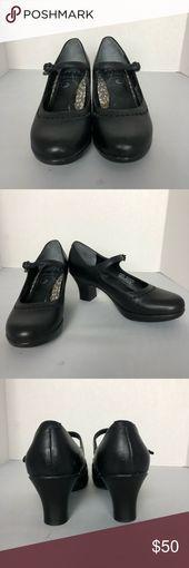 823ab47d884 Kate Spade ♤ Floral Sneakers NWOT Floral sneakers kate spade Shoes Sneakers