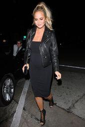 Baby Bump Chrissy Teigen Borrows Kim Kardashian's Maternity Uniform - Chrissy Teigen P...