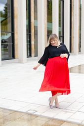1 Rock, 2 Looks {Plus Size Outfits