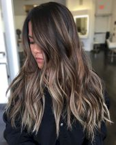 09 Schöne Brünette Balayage Haarfarbe Ideen   – Hair styles