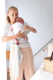 Baby Carrier How to put your new born in a wrap The best baby wraps/ carriers, first walkers ...