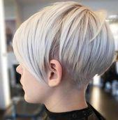 Der Short Pixie Cut ist ein weiterer toller Schnitt für Frauen. Wenn Sie dickes Haar haben, wird dieser Stil großartig aussehen. Sie können es leicht mit einem schwarzen Kleid und …