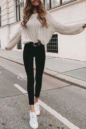 Beigefarbener Pullover mit schwarzer Hose # 25outf…
