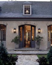 I love this look…French country…old stone, bri…