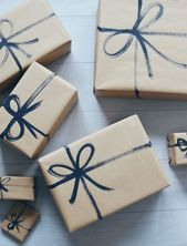 7 Beautiful And Cheap Christmas Gift Wrap Ideas