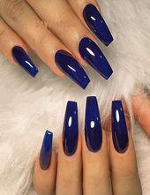 Ausgezeichnete glänzende dunkelblaue Nagellack- und Style-Tipps für 2019